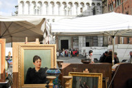 Barga, Lucca and Viareggio, Antiques Markets – An events dedicated to the art