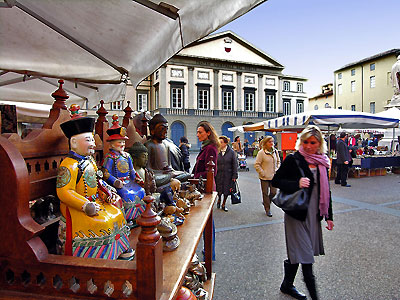 Barga lucca e viareggio mercatini dell 39 antiquariato for Mercato antiquariato lucca